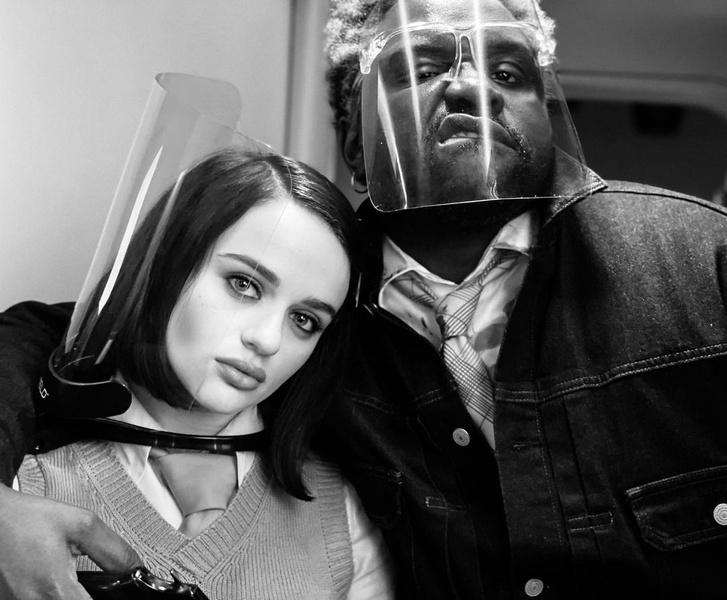 Фото №1 - Джои Кинг снимается с Брэдом Питтом и Леди Гагой в новом фильме— уже есть первое фото со съемок!