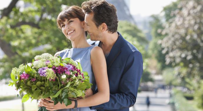 Почему мужчина не дарит цветы?