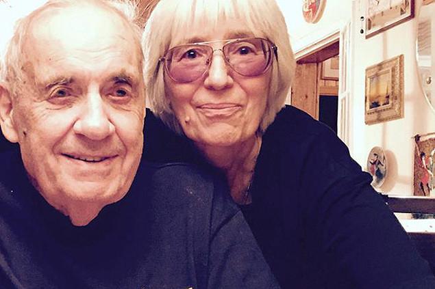 Эльдар Рязанов с супругой фото