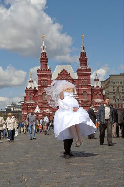 Фото №2 - Москвички все чаще выходят замуж за жителей Таджикистана