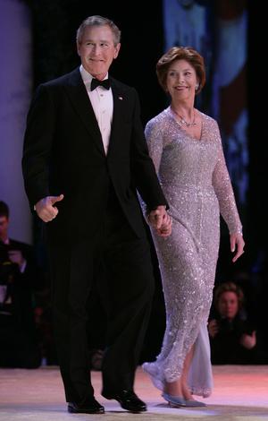 Фото №20 - Королевы Белого дома: самые роскошные инаугурационные платья Первых леди