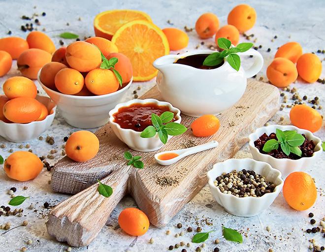 Абрикосовый соус с апельсином и красным барбарисом