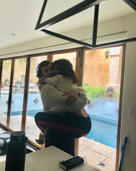 Фото №2 - От дружбы до любви: Шон Мендес откровенно рассказал о своих отношениях с Камиллой Кабелло 🥰
