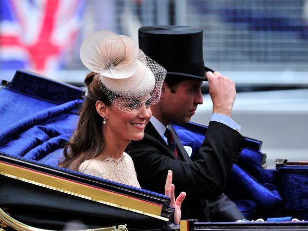 Фото №2 - Особая поддержка: как Кейт помогает Уильяму готовиться к правлению страной