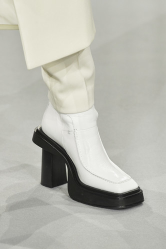 Фото №3 - Самая модная обувь осени и зимы 2021/22