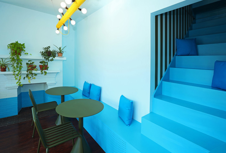 Фото №9 - Голубое кафе Tipico Coffee в Буффало