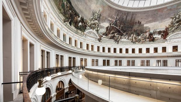 Фото №1 - В Париже открылся Музей Франсуа Пино по проекту Тадао Андо