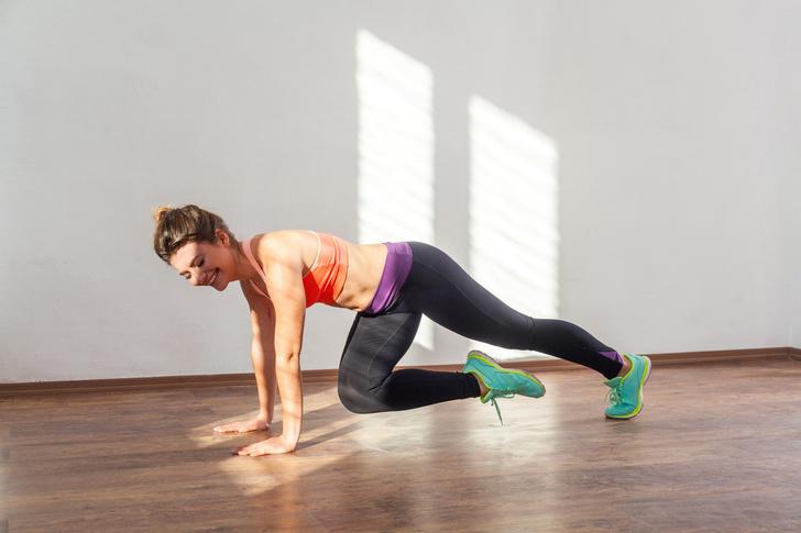 Фото №7 - 10 упражнений, которые помогут сжечь жир на животе за 10 минут в день