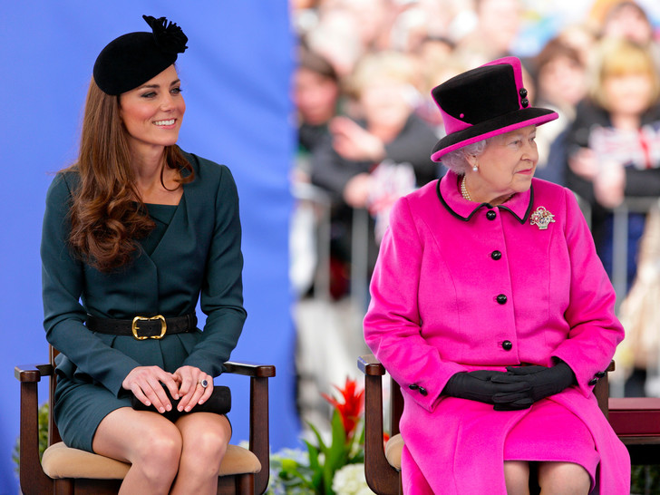 Фото №1 - Неидеальная невестка: чем образ жизни Кейт расстраивал королеву