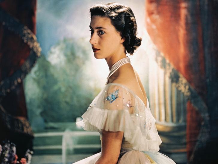 Фото №1 - От «олененка» до «куклы»: как менялся макияж принцессы Маргарет с годами