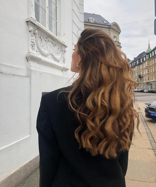 Фото №1 - 15 приемов, которые помогут быстрее отрастить волосы