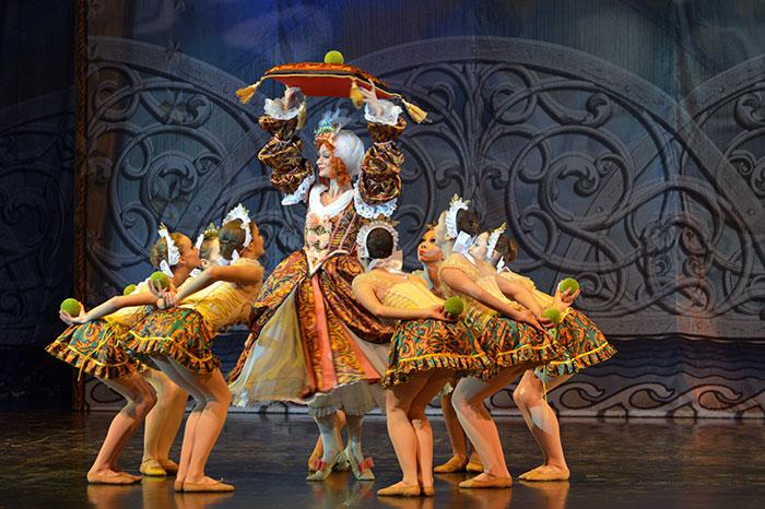 Фото №6 - Юбилей Театра Сац