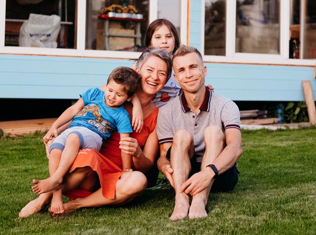 Фото №10 - Чужих детей не бывает: три непростые, но счастливые истории о приемном родительстве