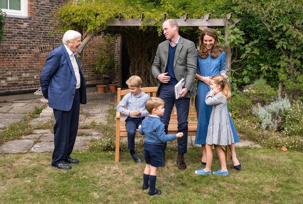 Фото №2 - Рассада для принцев: как мама Кейт Миддлтон «по-простому» воспитывает Джорджа, Шарлотту и Луи