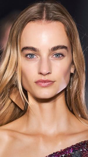 Фото №4 - Главные тренды макияжа весны и лета 2021