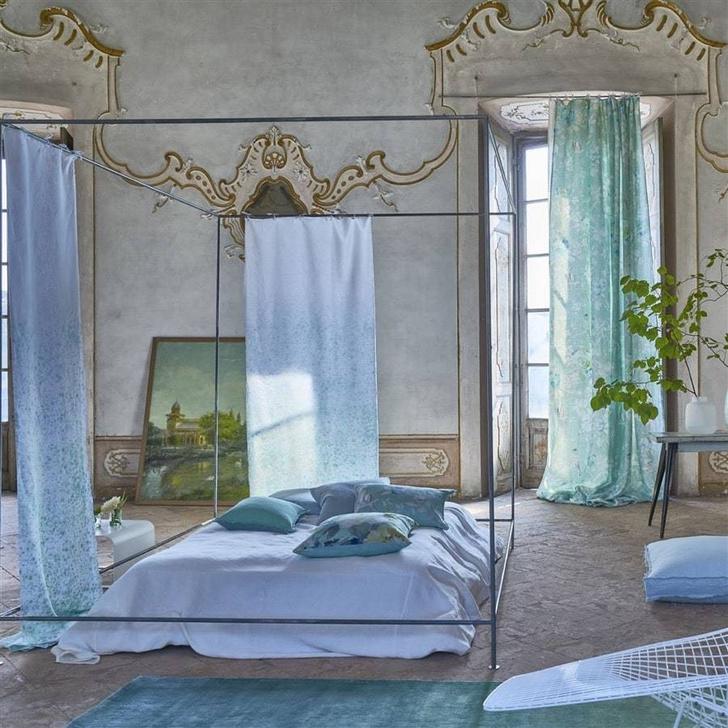 Фото №4 - Как выбрать шторы в спальню: 4 идеи