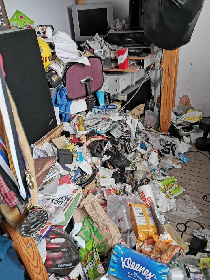 Фото №3 - Самые грязные спальни простых британцев: 16 трогательных фото