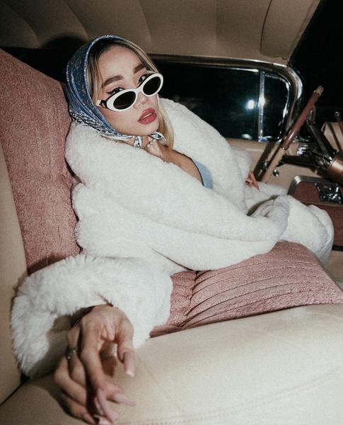 Популярный блогер Chana