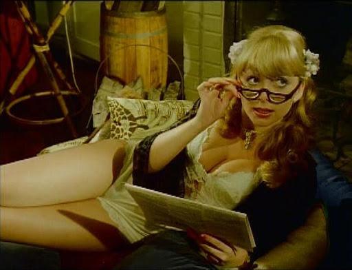 Фото №1 - MAXIM составил список лучших олдскульных порнофильмов