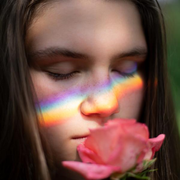 Фото №1 - Тест: Какой аромат лучше всего описывает твой характер? 🍓