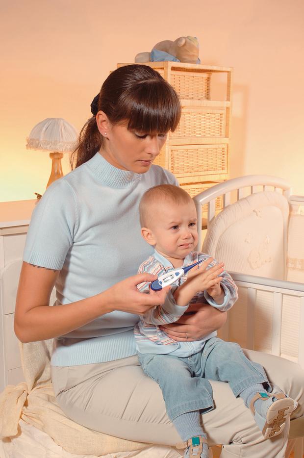 высокая температура у ребенка: как и чем сбить