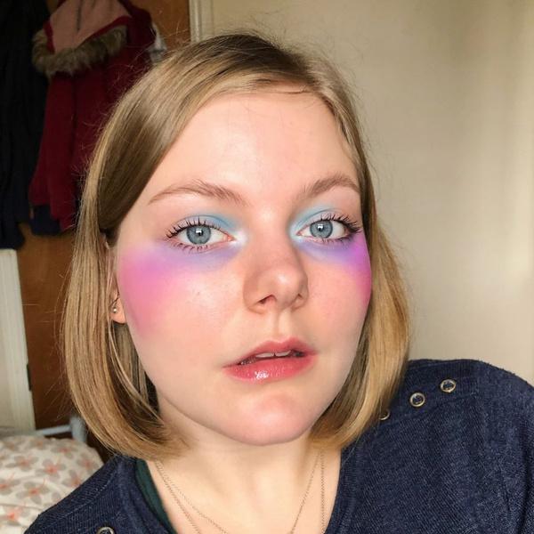 Фото №2 - Как нарисовать синяки под глазами, чтобы выглядеть круто 🐼