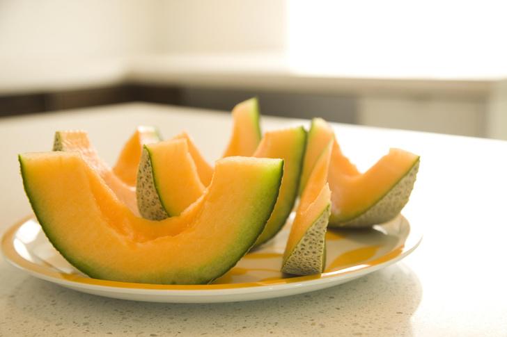 Фото №4 - Тук-тук: как выбрать сладкий арбуз и сочную дыню