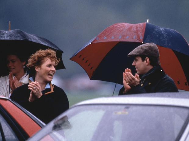 Фото №2 - Идеальная пара: почему Диана завидовала браку Сары Фергюсон и принца Эндрю