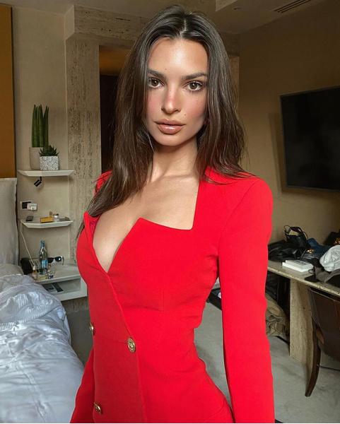 Эмили Ратаковски, инстаграм, фото, последние новости 2021, Эмили Ратаковски дети