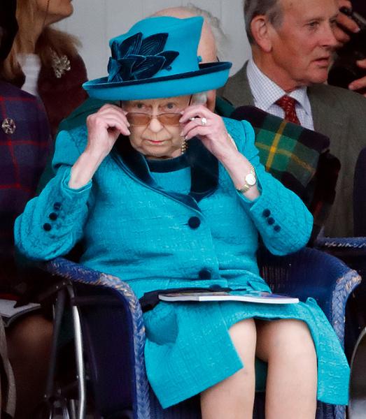 Фото №3 - Звезда экрана: вопреки слухам, королева не запрещала Меган Маркл сниматься в кино
