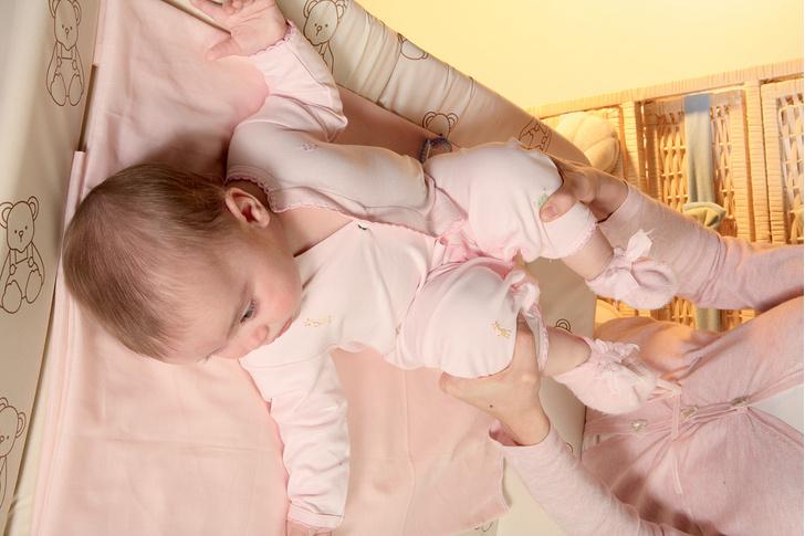 Фото №4 - Все под контролем: как спасти малыша от колик