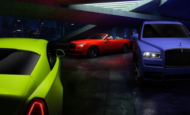 Фото №1 - Ночи в стиле неона— Rolls-Royce удивил новыми раскрасками