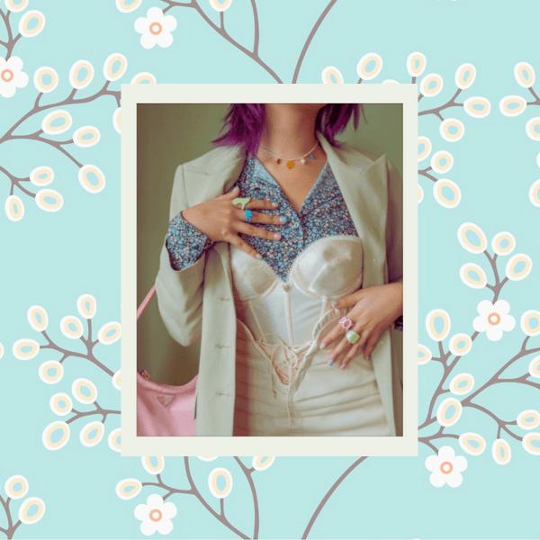 Фото №1 - Верх приличия: как носить платье с корсетом в школу или универ