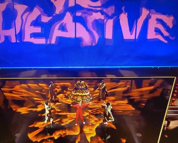 Фото №2 - Манижа прошла в финал «Евровидения»