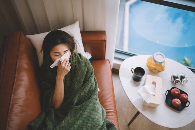 Фото №2 - Что делать, когда болит горло: советы эксперта