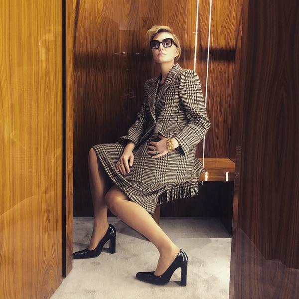 Фото №7 - Шесть часов сна, криосауна и интеллект: как 54-летняя Литвинова «заморозила» свою красоту