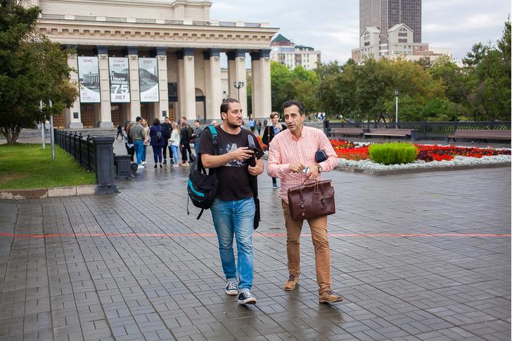 Фото №24 - Между Музой и Тельцом: прогулка с певцом и маркетологом Кареном Мовсесяном