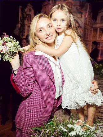 Татьяна Навка с дочерью фото