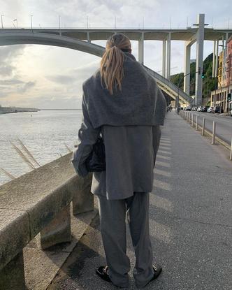 Фото №3 - Белые носочки с черными лоферами, или новые модные правила от стилиста Софии Коэльо