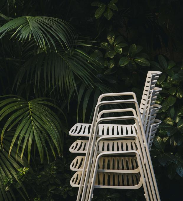 Фото №1 - Топ 15: штабелируемые стулья и мебель