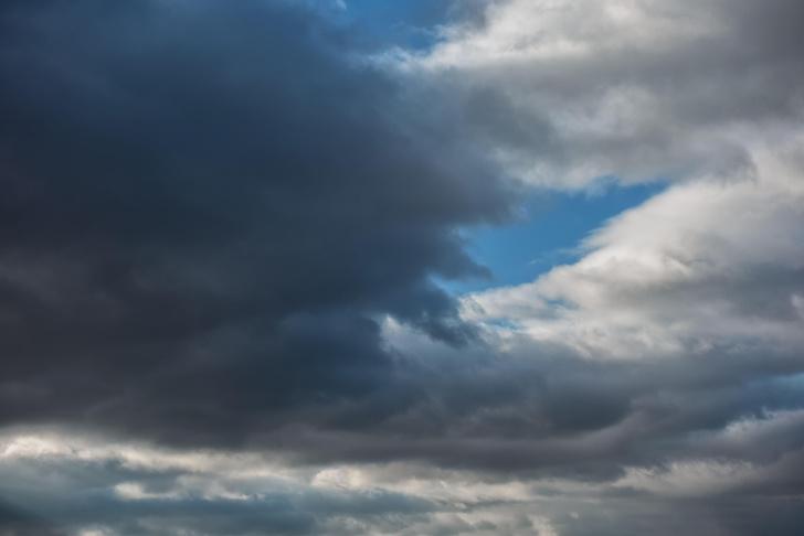 Фото №1 - Почему облака белые, а тучи серые?