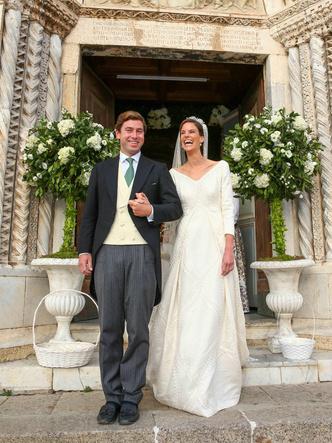 Фото №2 - Принцесса и бизнесмен: еще одна королевская свадьба Лихтенштейна— с идеальным платьем невесты и старинной тиарой