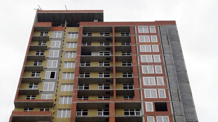 Фото №1 - Мутко рассказал, когда вся строительная отрасль перейдет на счета эскроу