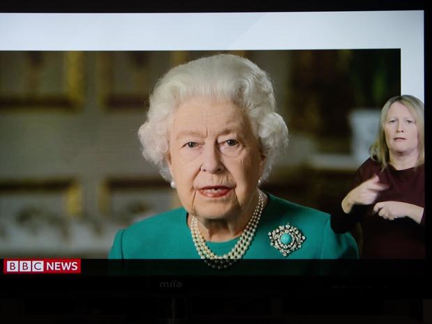 Фото №6 - Герцог и герцогиня Гринч: 7 раз, когда Сассекские пытались «украсть шоу» у королевской семьи