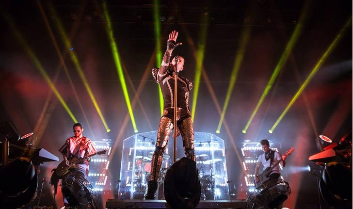 Фото №10 - Tokio Hotel из Краснодара уехали с подушками