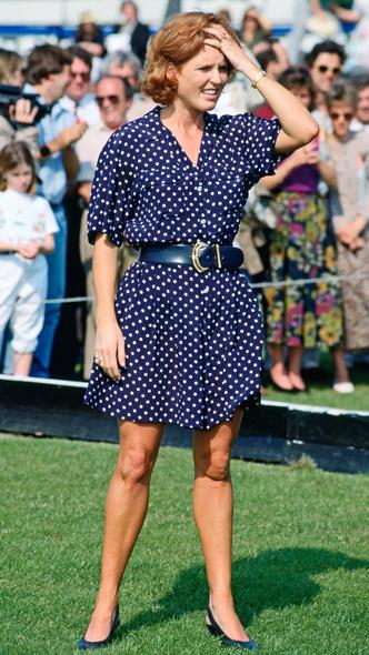 Фото №11 - Полька-дот: как королевские особы носят трендовый «горох»