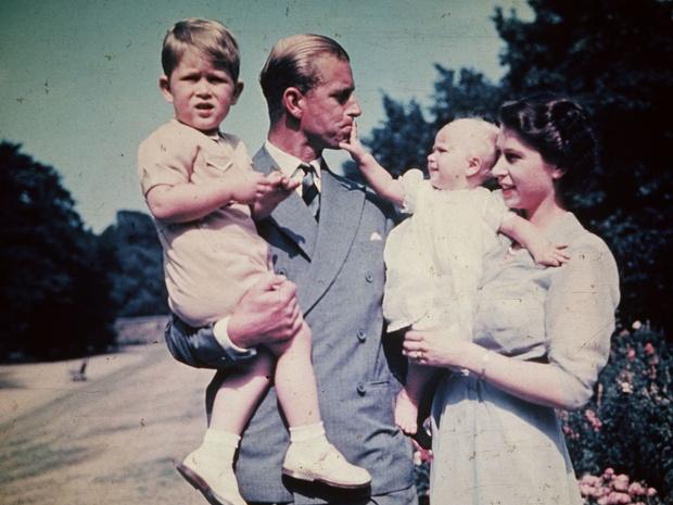 Фото №2 - Принц Филипп скончался в возрасте 99 лет