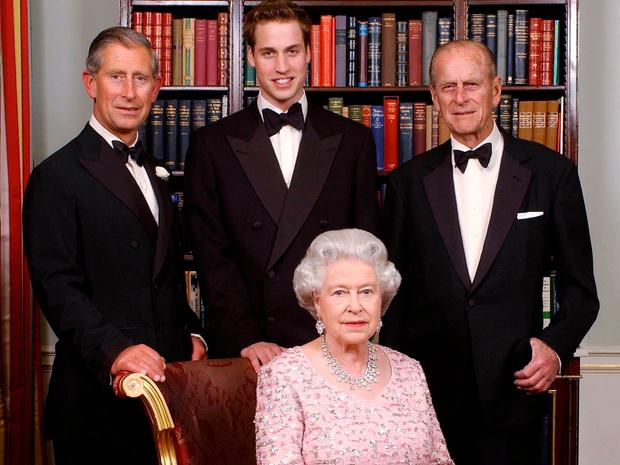 Фото №1 - Почему королевская семья называется «Фирмой», и кто это придумал