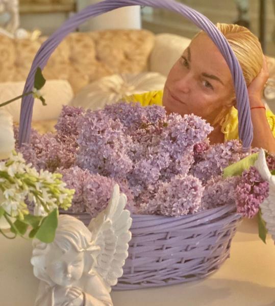 Анастасия Волочкова: фото, возраст, инстаграм, в молодости, рост, олег