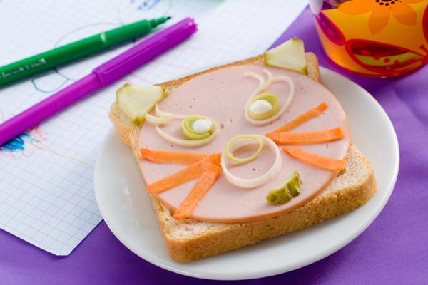 Фото №1 - В детском формате (колбасы и сосиски)